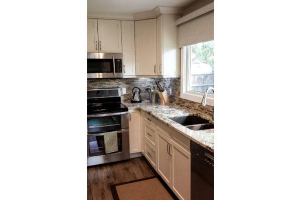 edmonton-kitchen-renovation-under-65000_beforesel-10