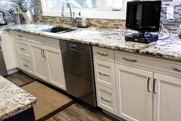 edmonton-kitchen-renovation-under-65000_beforesel-11
